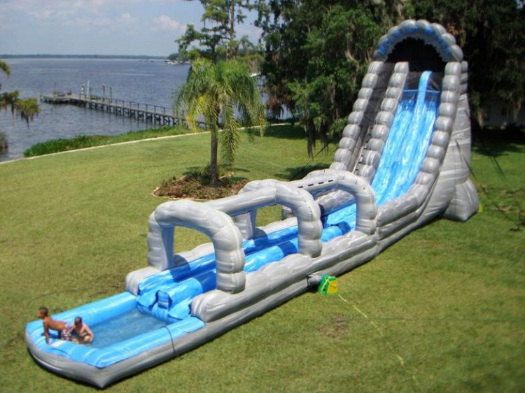 32ft Roaring River Water Slide