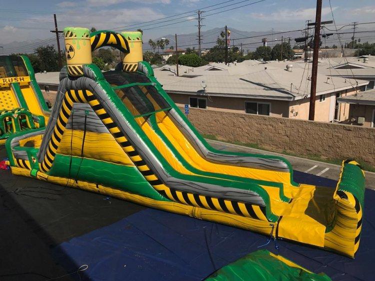 19ft Toxic Plunge Water Slide